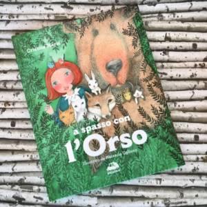 A spasso con l'orso libro bambini
