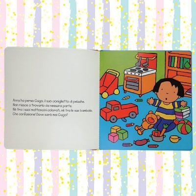 Anna mette in ordine Clavis libri bambini ordine stanza giochi